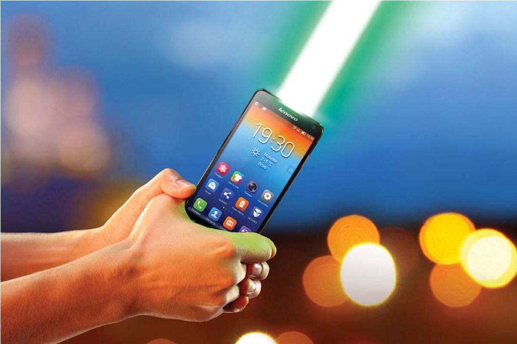 На сегодняшний день у жителей Урала повышенный спрос именно на смартфоны. Продажи «умных» телефон