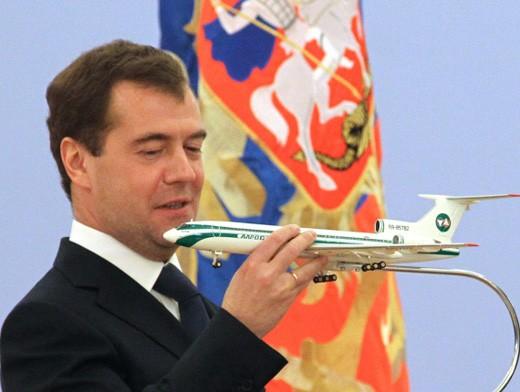 Как рассказал Дмитрий Медведев сегодня на совещании со своими заместителями, утром он зашел на од