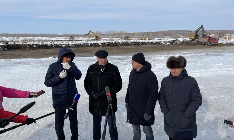 В Магнитогорск (Челябинская область) сегодня, 20-го февраля, с рабочим визитом прибыли заместител