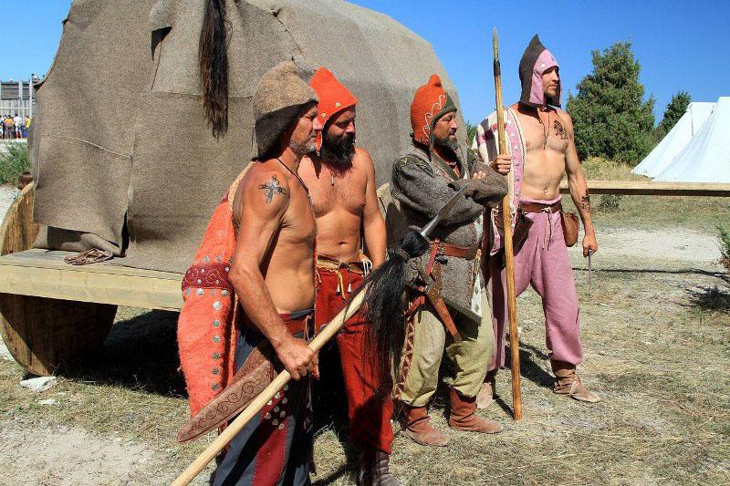 «На фестивале впервые будут комплексно представлены реконструкции костюмов, быта, ремесел и военн