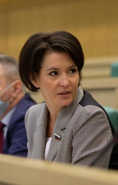 Сенатор из Челябинска Маргарита Павлова, проголосовавшая против создания федерального информацион