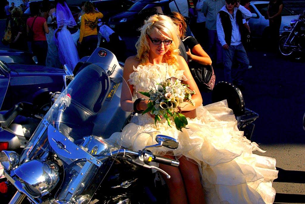 Июнь 2019-го года в Челябинской области оказался чрезвычайно богат на свадебные церемонии. В перв