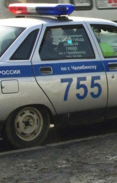 Челябинские полицейские задержали 18-летнего юношу, который любезно отозвался на просьбу знакомог