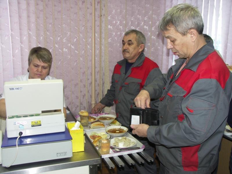 Конкурсная комиссия, посетившая столовую газораспределительной организ