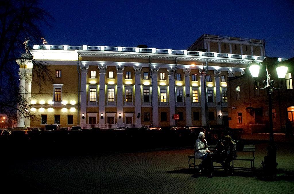 В Челябинск с гастролями приезжают артисты Большого театра. Под руководством дирижера Павла Клини