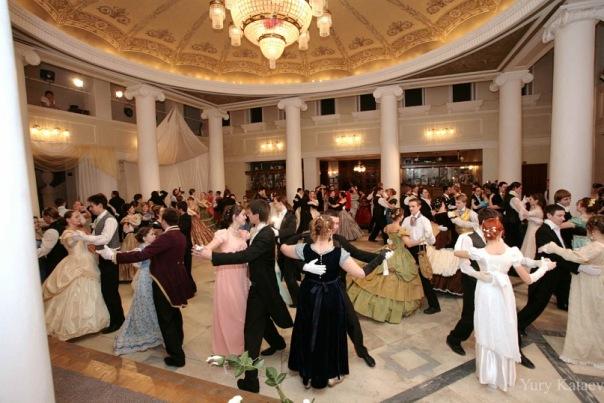 Как отмечают организаторы фестиваля – студия исторического танца «Академия изящных искусств», пят