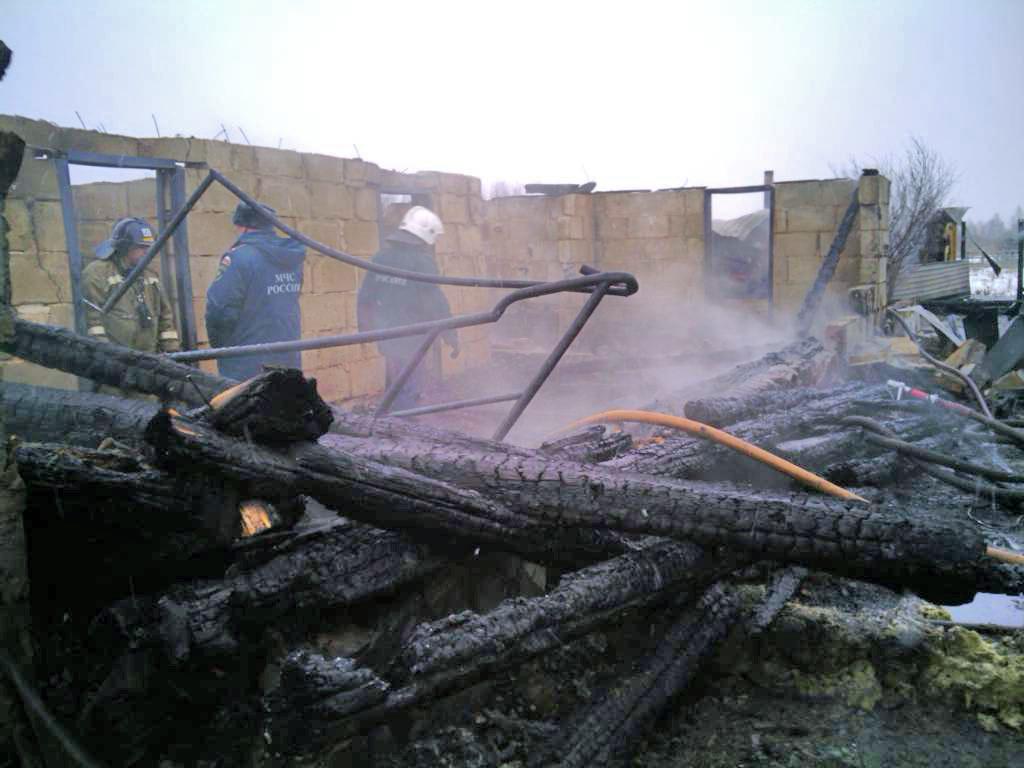 Напомним, что возгорание произошло в двухэтажном жилом доме на улице П