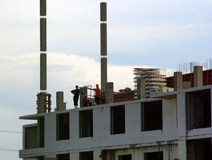 В Челябинске построено 116 многоквартирных жилых домов, 13550 одноквар