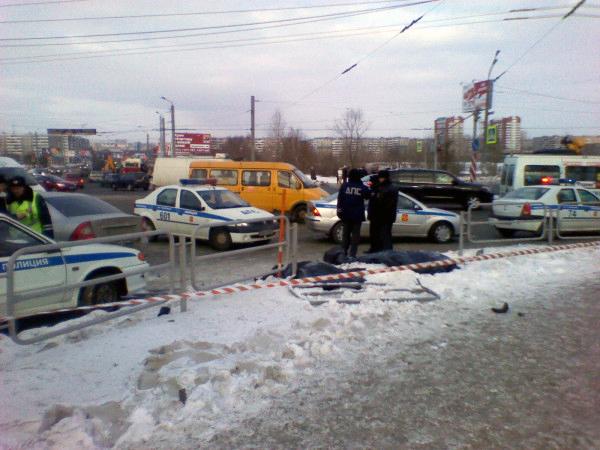 Напомним, что жуткая авария случилась 27 декабря 2012 года неподалеку от торгово-развлекательного