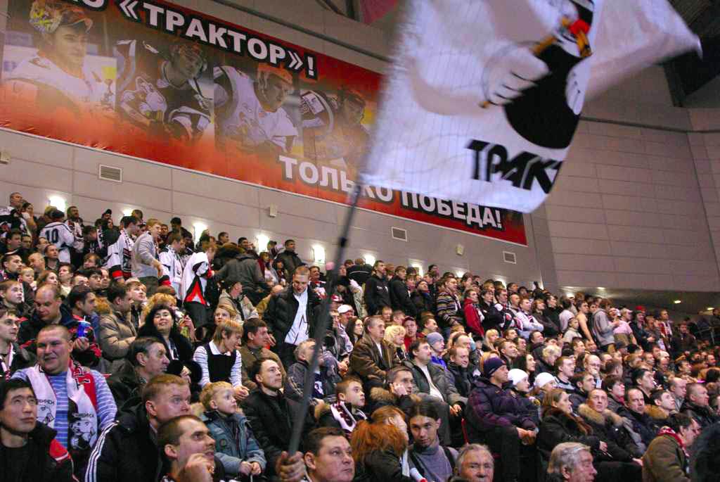 После трех сезонов, проведенных в составе «Трактора», Евгений Дадонов