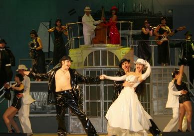 Как сообщает пресс-служба областного министерства культуры, в гастрольную афишу вошли 14 спектакл