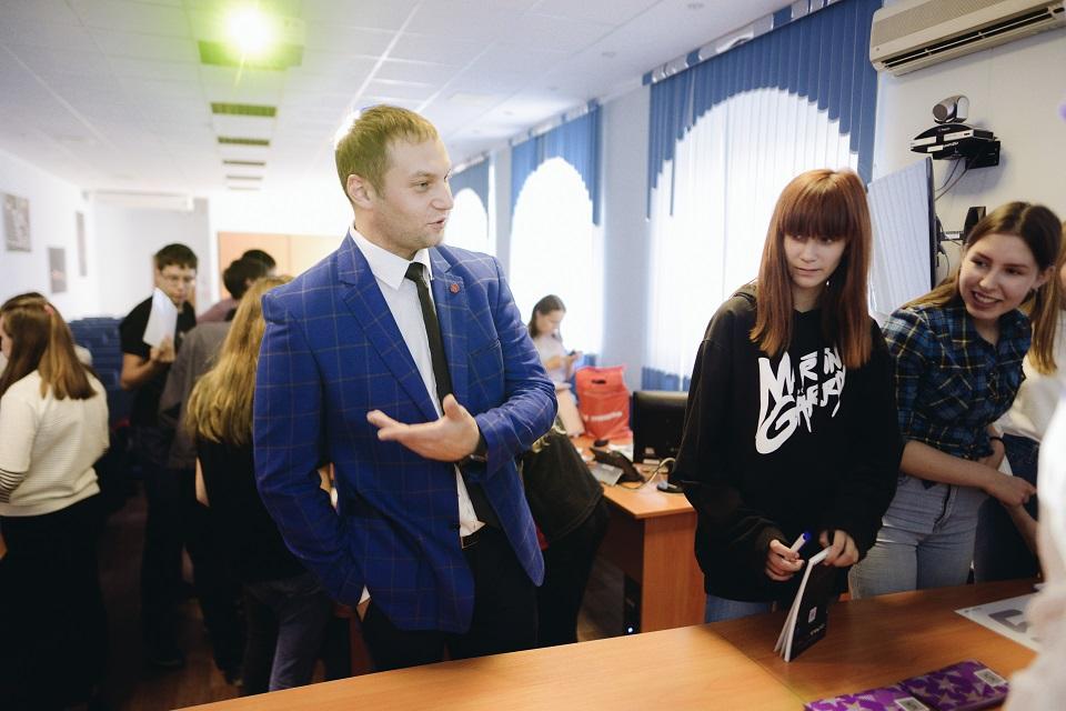 Профориентационный проект «Я – будущее» для школьников поселка Новосинеглазовский организовали вх