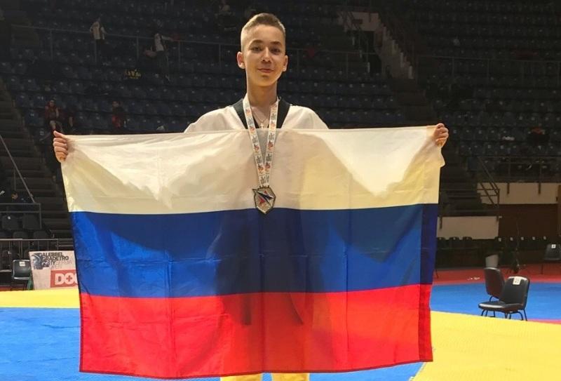 Челябинские тхэквондисты завоевали «серебро» и две бронзовые медали на турнире в Сербии.