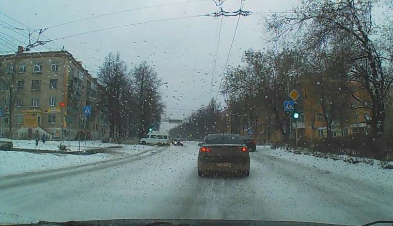 Как сообщила агентству «Урал-пресс-информ» инспектор по пропаганде безопасности дорожного движени