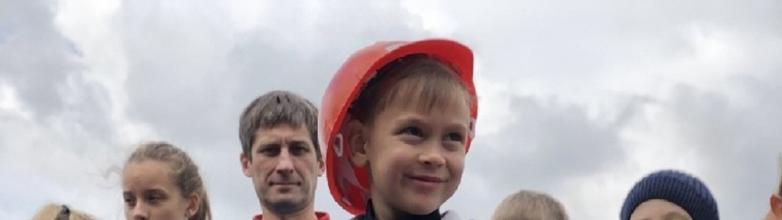 Тысячи школьников посетили грандиозный детский праздник в челябинском парке культуры и отдыха име