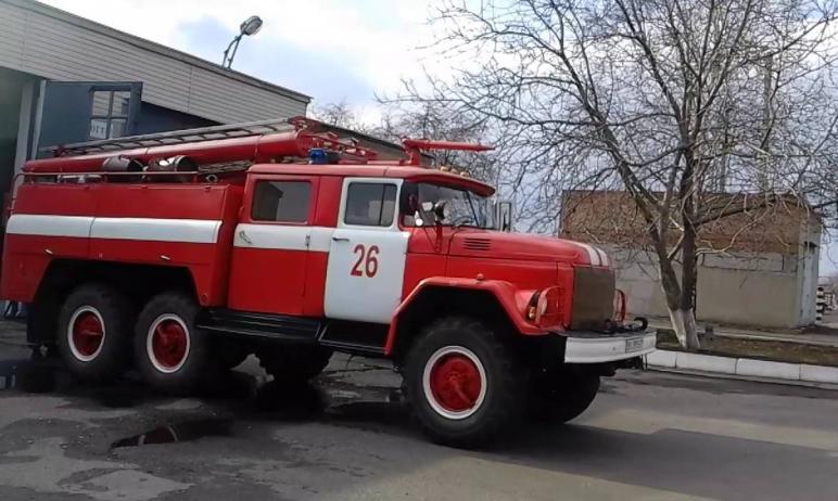 В пятницу утром, 26 марта, в частном доме в Кыштыме (Челябинская область) вспыхнул пожар. В огне