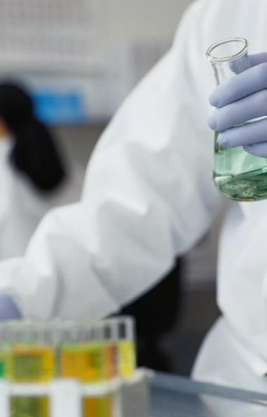 В Челябинской области пока нет пунктов сдачи анализов для коронавирусов для всех желающих. Это мо