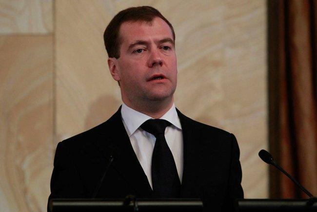 Президент Медведев отметил, что вчера в аэропорту Домодедово было совершено зверское преступление