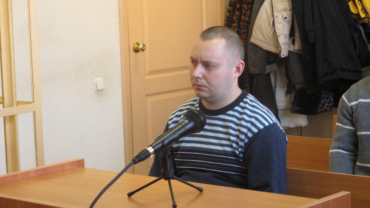 Как ранее сообщало агентство «Урал-пресс-информ», обвиняемый с октября 2010 года по ноябрь 2011 г