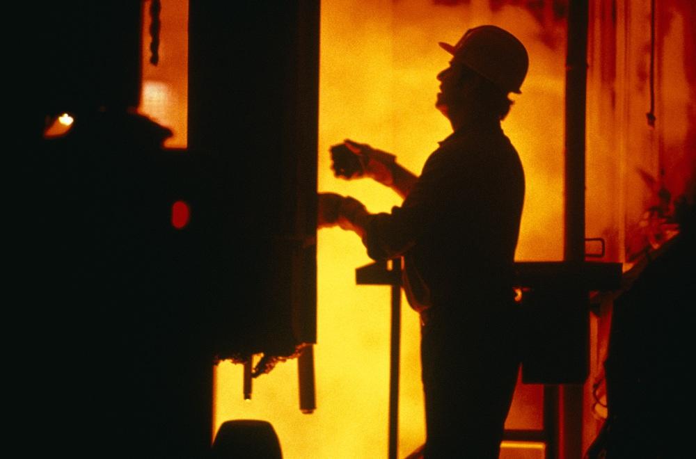 Огонь уничтожил опасные психоактивные вещества, за сбыт и хранение которых 150 преступников, сред
