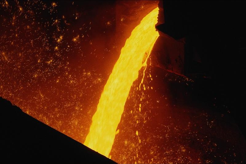 День металлурга был учрежден 28 сентября 1957 года указом Президиума Верховного Совета СССР. Так