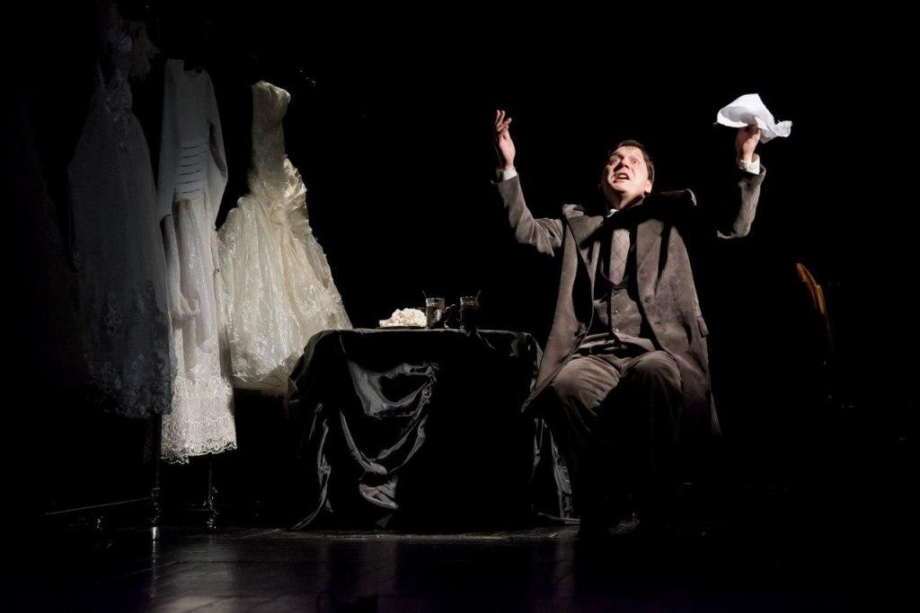 Как рассказала о первом дне фестиваля заведующая литературной частью Камерного театра Ирина Камоц
