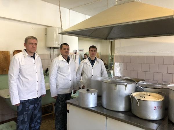 ГУФСИН России по Челябинской области оказывает помощь в организации круглосуточного горячего пита