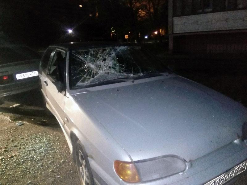 В Копейске (Челябинская область) расстреляли машину ночных меломанов. Тех, у кого сдали нервы от