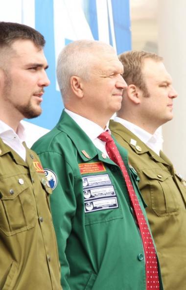 Строительный отряд Южно-Уральского государственного университета из Челябинска «Танкоград» получи