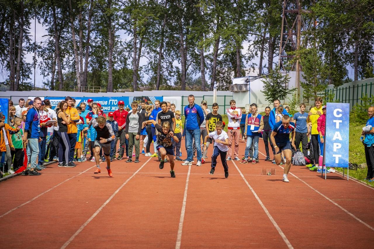 Спортивные залы в школах, расположенных в сельских населенных пунктах с численностью жителей до 5