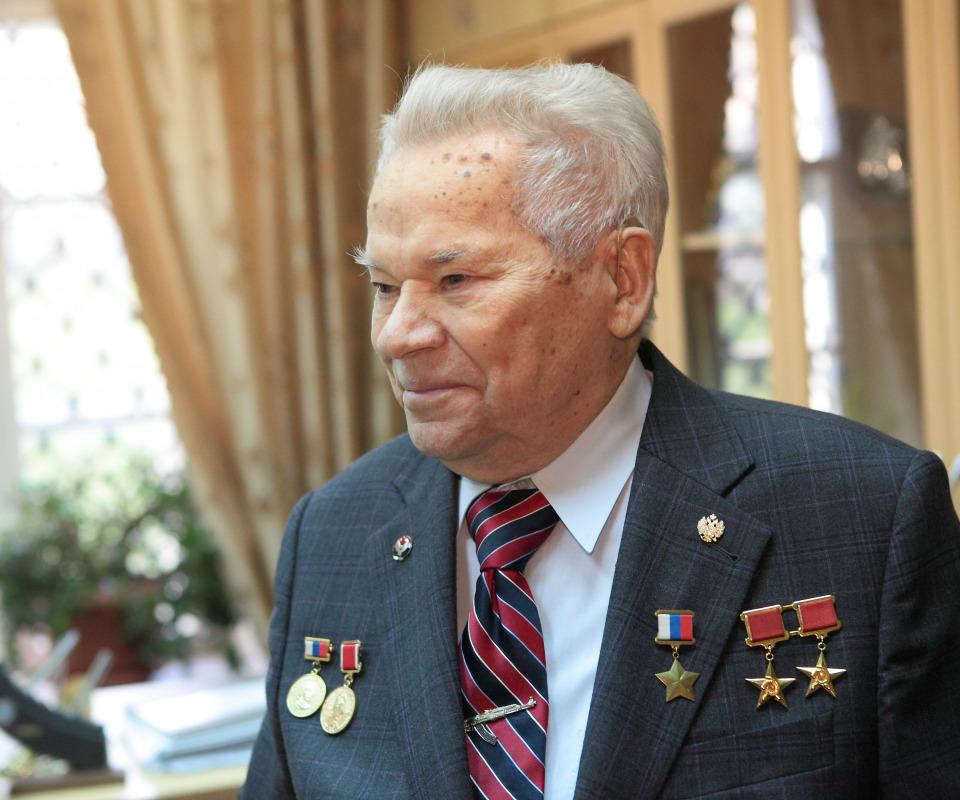 В Челябинске завтра, 15 марта, состоится открытие выставки «Легендарный Калашников», посвященной