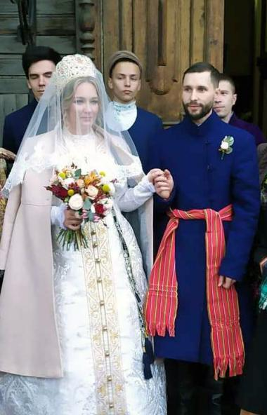 В Центре развития туризма Челябинской области сегодня, 18 октября, сыграли свадьбу по традиционны