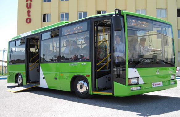 Благодаря подъемникам, пользоваться такими автобусами смогут люди с о