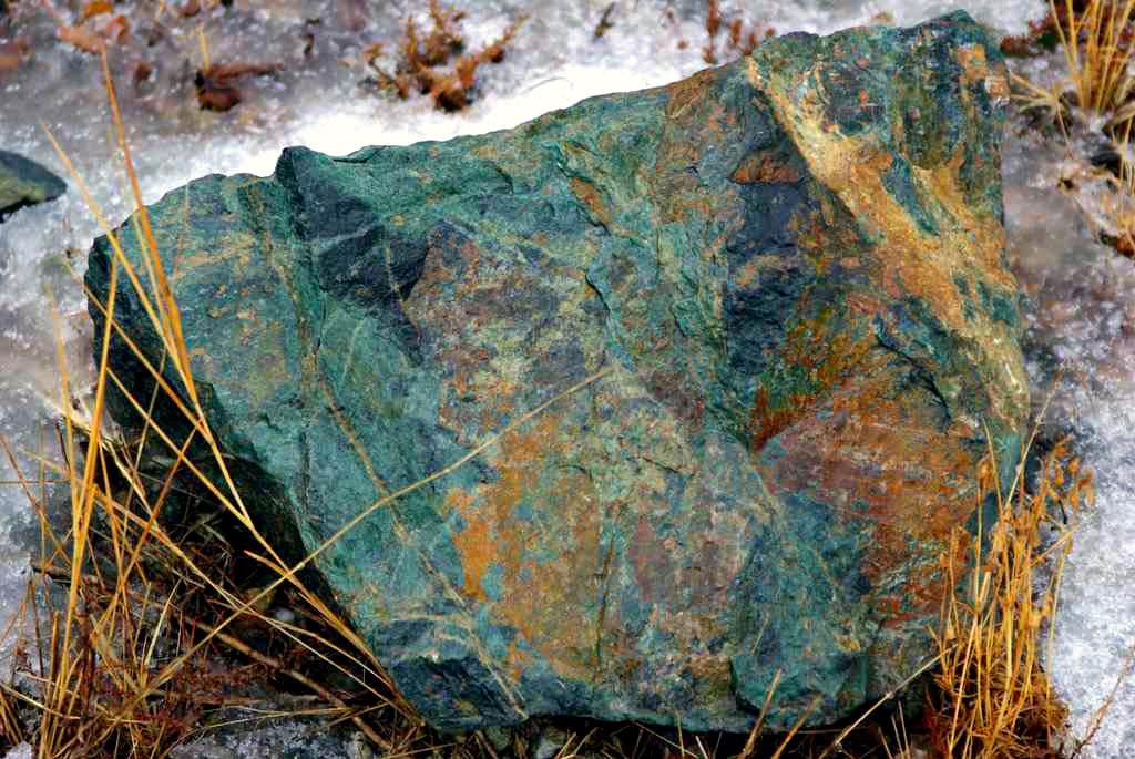 Сразу пять новых месторождения общераспространенных полезных ископаемых – глины, строительного и