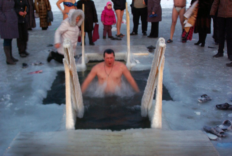 В минувшую ночь, с 18 на 19 января, во всех храмах Челябинской област