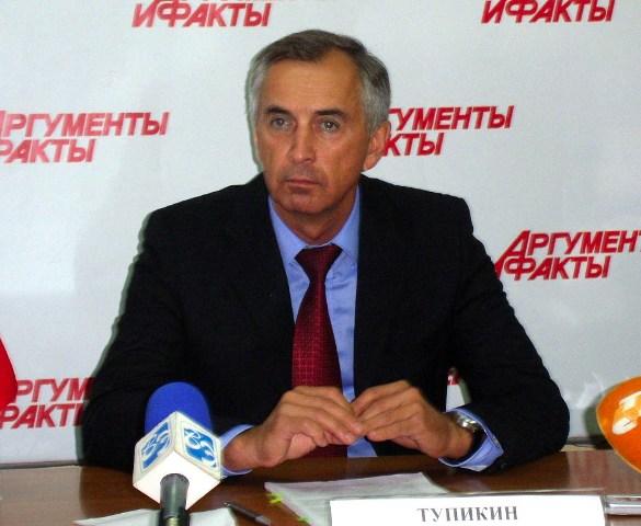 Министр отметил, что ремонтные работы по 124 домам в Новомуслюмово выполнены. Напомним, что в ход