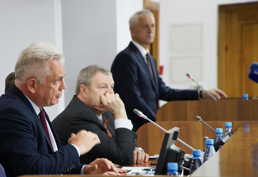 Город Магнитогорск сохранил устойчивое социально-экономическое положение. В своем отчете перед де