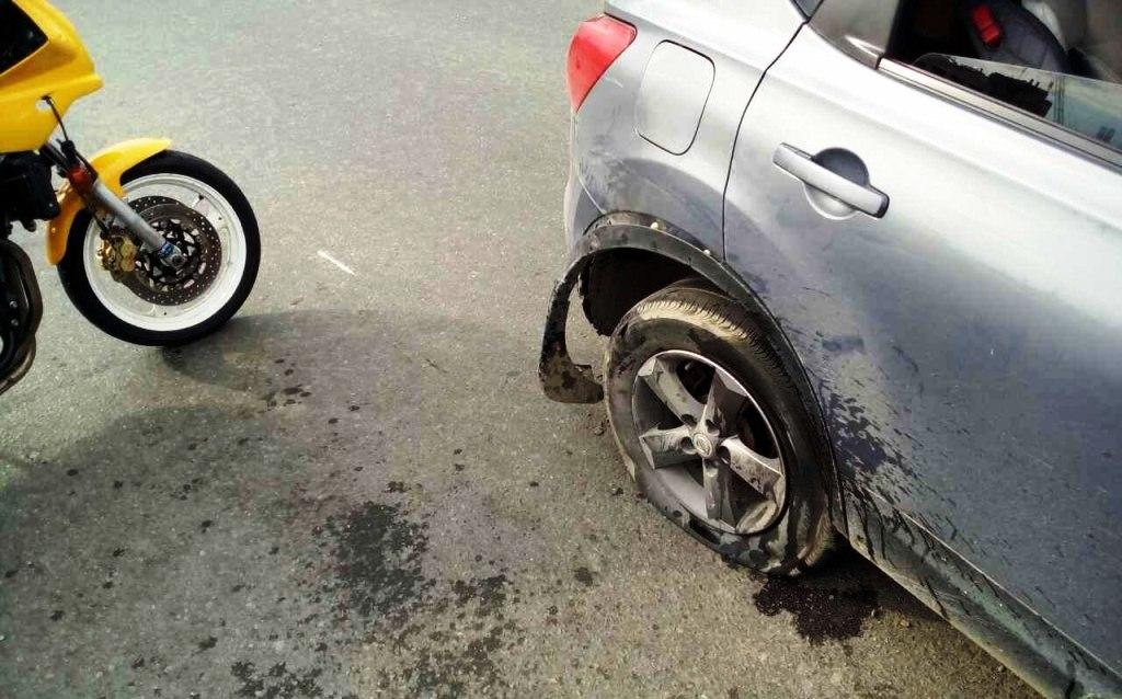 Авария произошла в среду, 19 июля, в Центральном районе города. 20-летний житель города, управляя