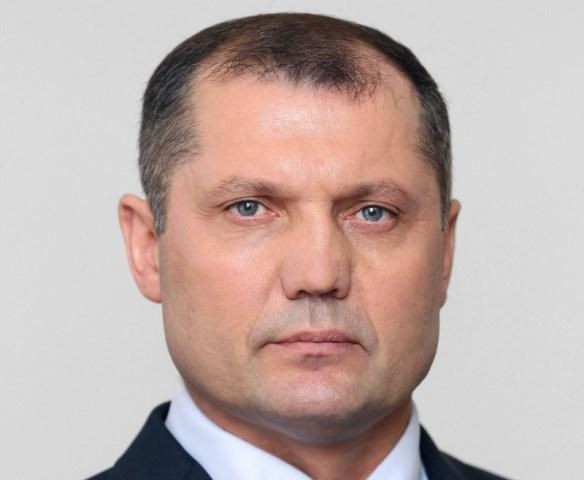«Сегодня меня вызвал мой непосредственный руководитель (председатель правительства Сергей Комяков