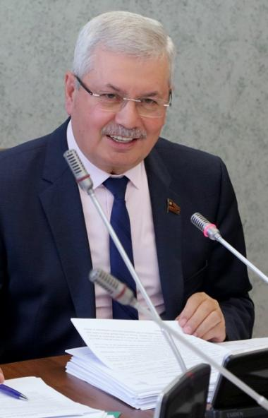 Депутаты комитета Законодательного собрания Челябинской области по бюджету и налогам одобрили поп