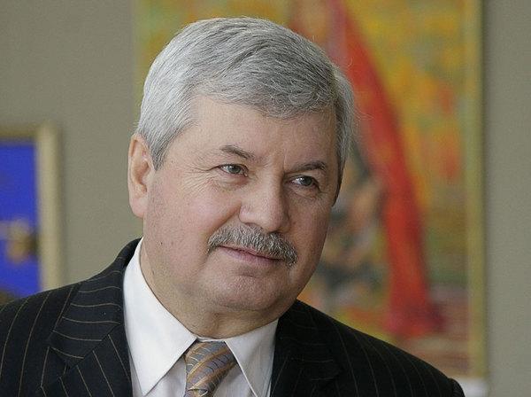 На видеоряде региональный лидер «ЕР» Вла