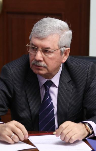 Государственная Дума единогласно одобрила в первом чтении проект закона о поправке к Конституции