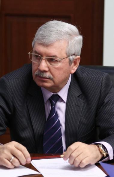 Депутаты Законодательного собрания Челябинской области внесли первые поправки в главный финансовы