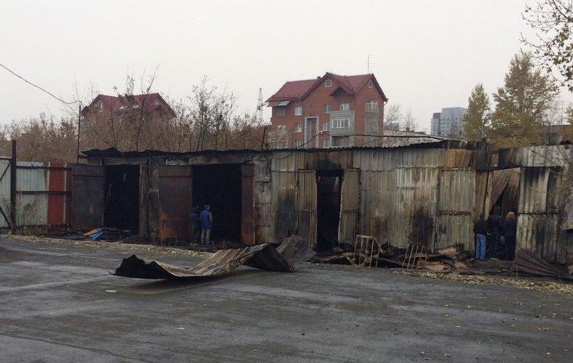 Как сообщили агентству «Урал-пресс-информ» в пресс-службе ГУ МЧС области, сообщение о возгорании