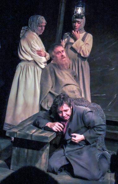 Сегодня, 8 октября, Златоустовский театр «Омнибус» выходит на сцену Всероссийского фестивал