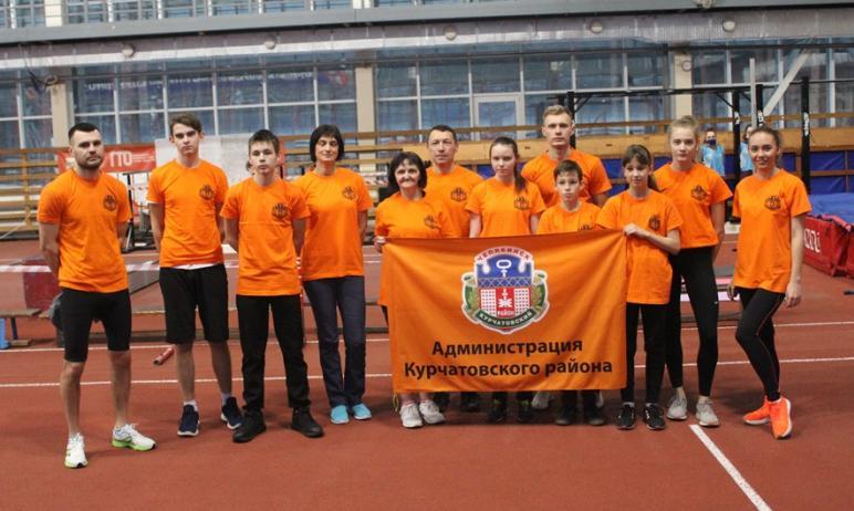 Команда Курчатовского района Челябинска, в которую вошли школьники, учителя и военнослужащие, зав