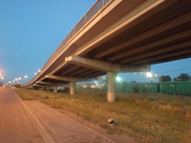Трагедия произошла в Ленинском районе на путепроводе «Челябинск-Главный». «Упр