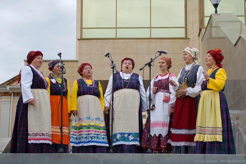 В программе мероприятия - выступления коллективов из самых разных уголков Челябинской области: Ув