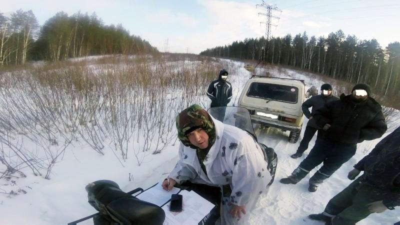 Следы автомобилей были обнаружены накануне - на пути следования автомобилей работники заповедной