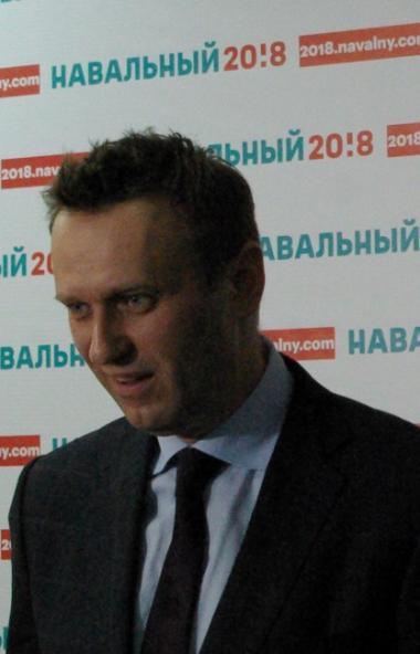 Российский оппозиционный блогер Алексей Навальный, находящийся с 20 а